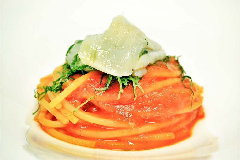 Casa Rustichella Spaghettoni PrimoGrano con crema di peperone dolce e insalatina di baccala ricette