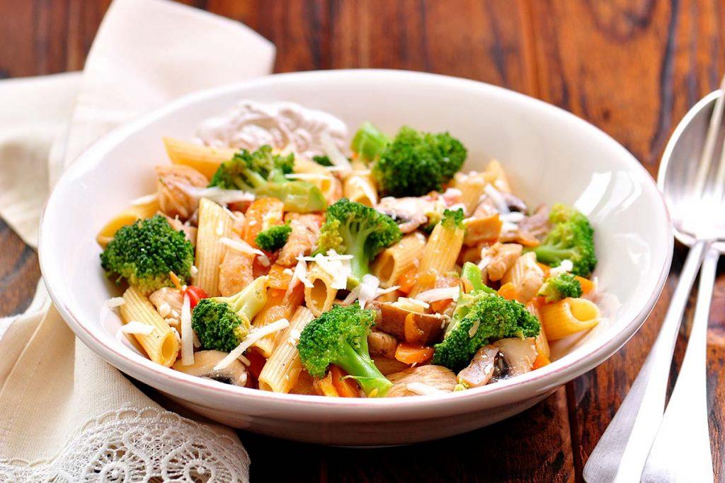 Casa Rustichella Penne Bio con broccoli funghi champignon e pollo ricette
