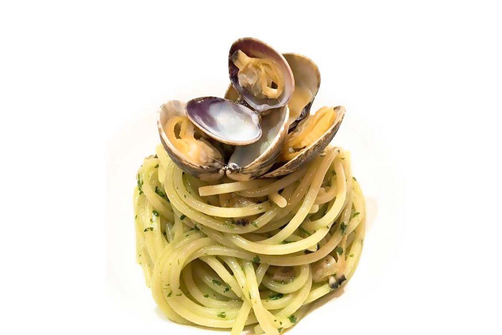 Casa Rustichella Spaghettoni PrimoGrano con vongole veraci e pesto di coriandolo ricette