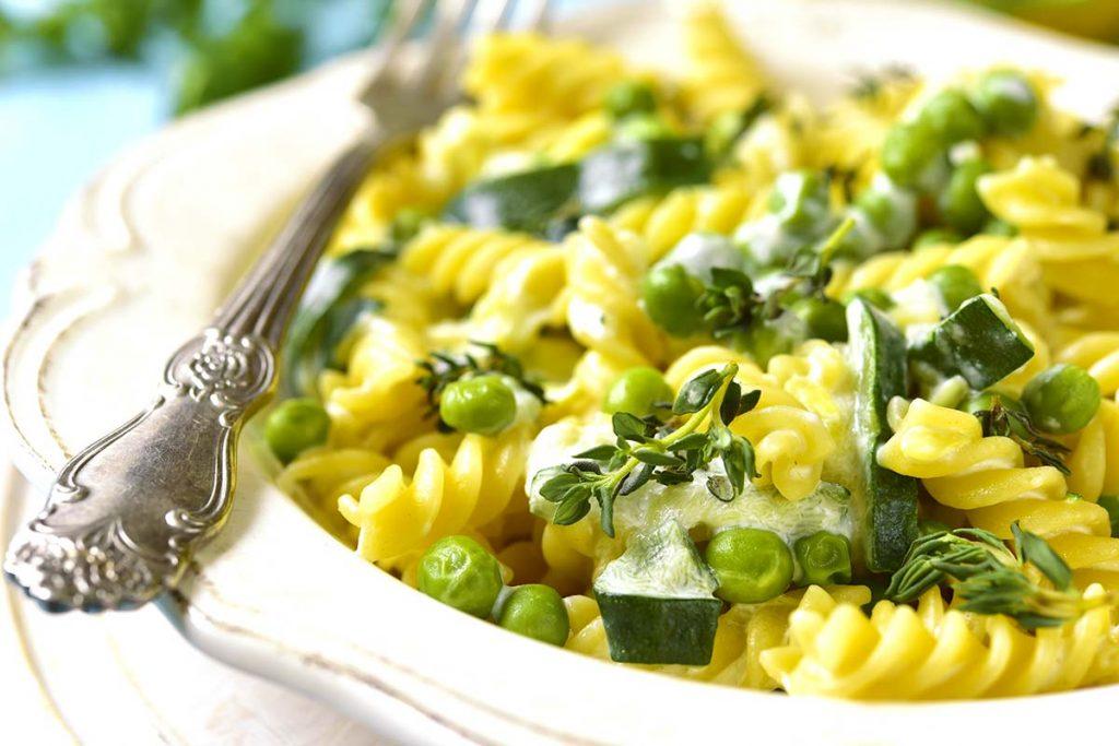 Casa Rustichella Fusilli di mais gluten free con zucchine piselli e crema di giuncata ricette