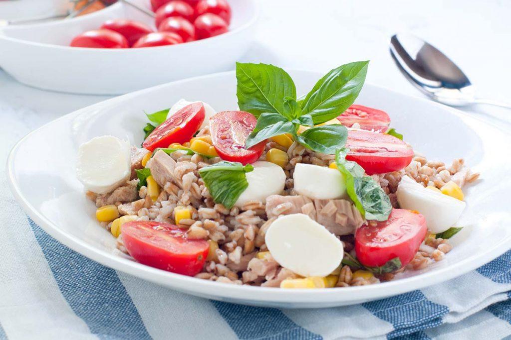 Casa Rustichella insalata di farro con tonno ricette