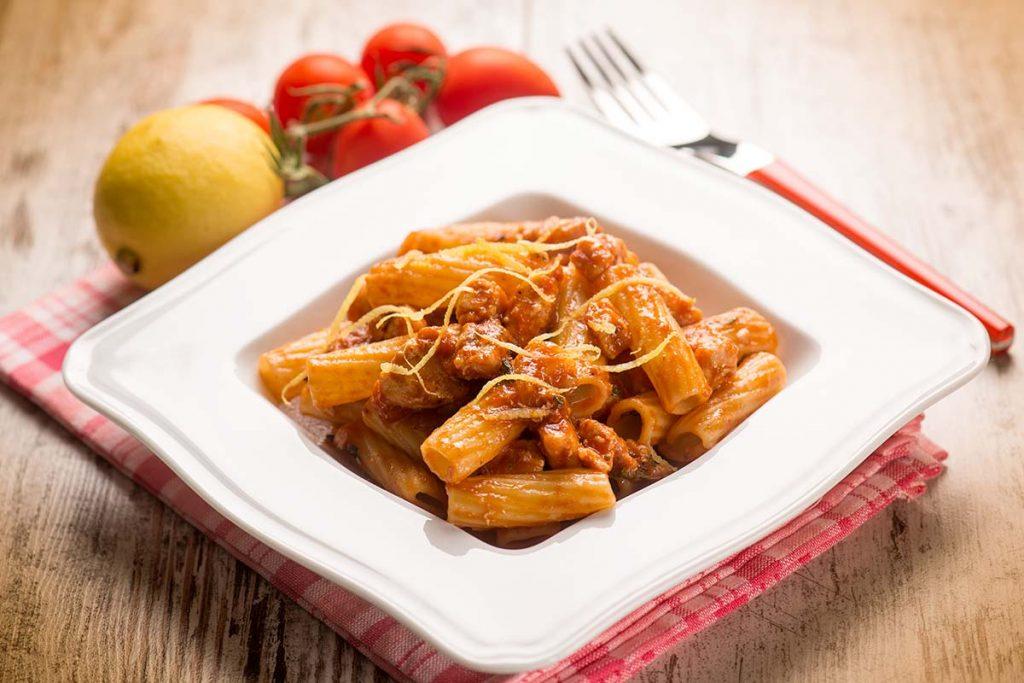 Casa Rustichella Tortiglioni con pesce spada e pomodorini al profumo di limone ricette