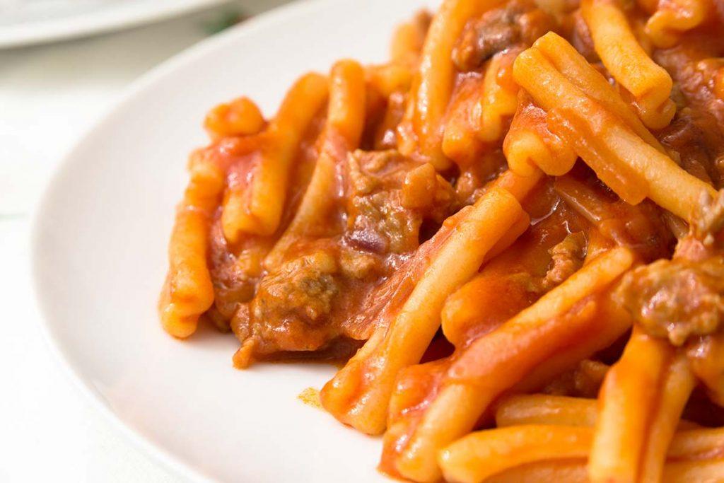 Casa Rustichella Casareccia Rustichella dAbruzzo con sugo di salsiccia ricetta
