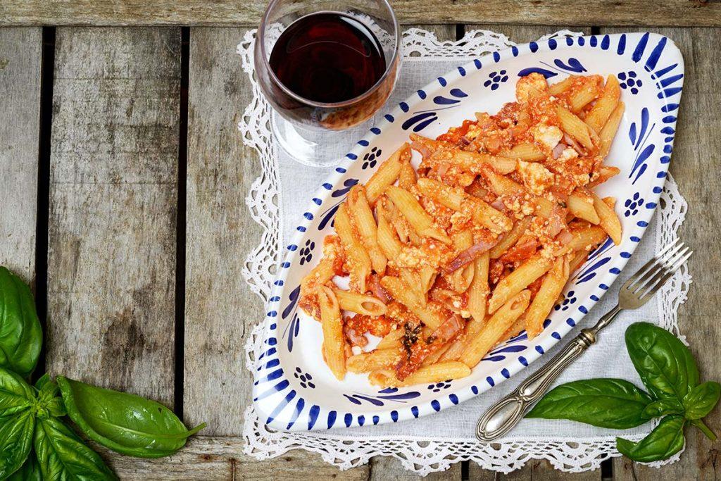 Casa Rustichella Pennette rigate al pomodoro con ricotta e speck ricette