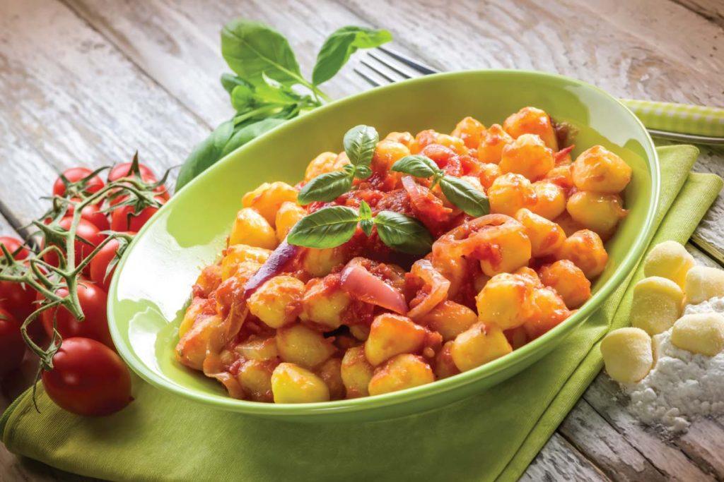 Casa Rustichella Perle di Patate Gluten Free con Pomodorini Cipolla rossa di Tropea e basilico ricetta