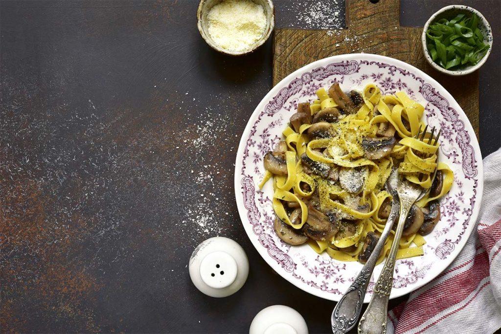Casa Rustichella Nidi di tagliatelle con champignon e pecorino ricette