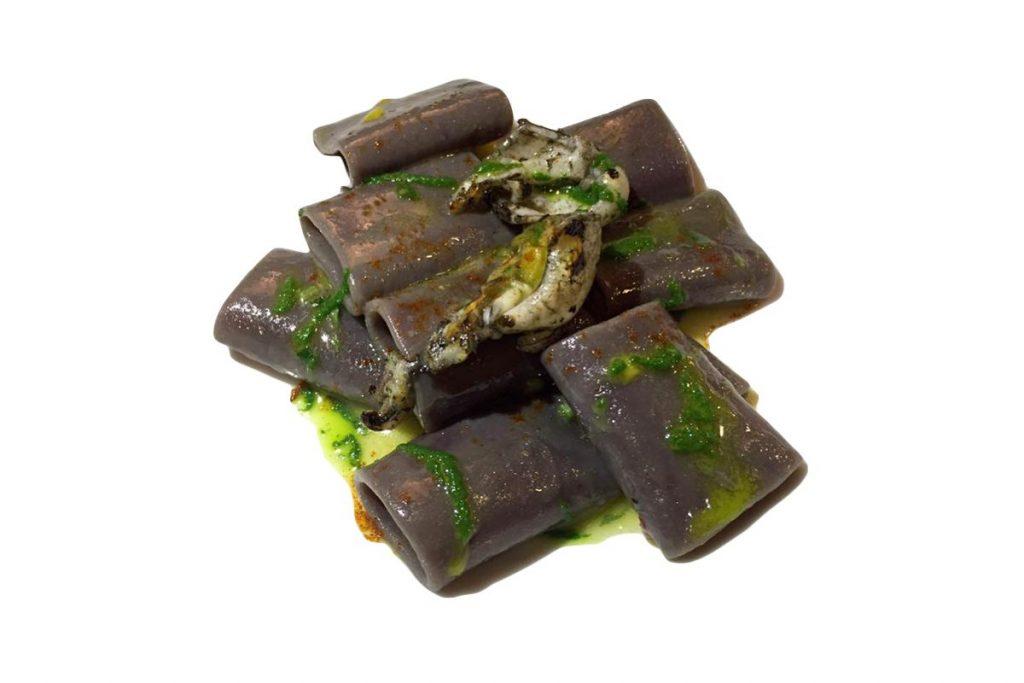 Casa Rustichella paccherini ai frutti di bosco con seppie arrosto olio evo e peperoncino ricetta
