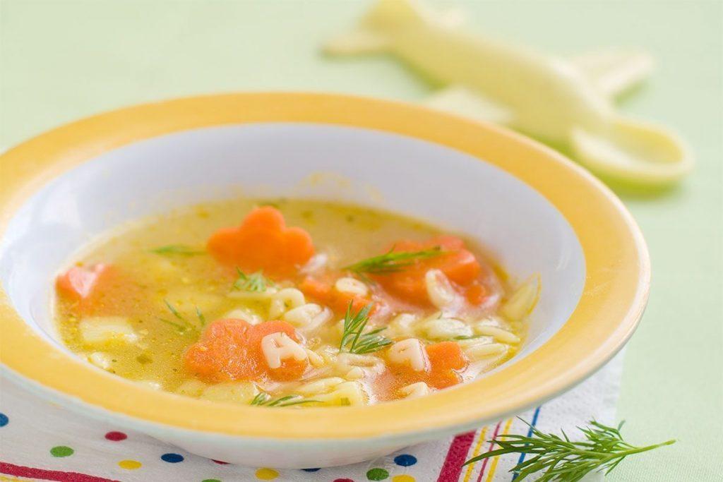 Casa Rustichella minestra di Alfabeto con patate e carote ricetta