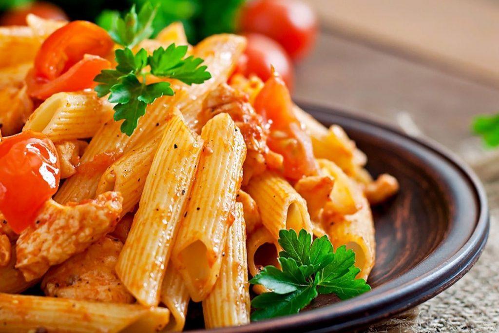 Casa Rustichella penne rigate pollo pomodoro rustichella dabruzzo ricetta