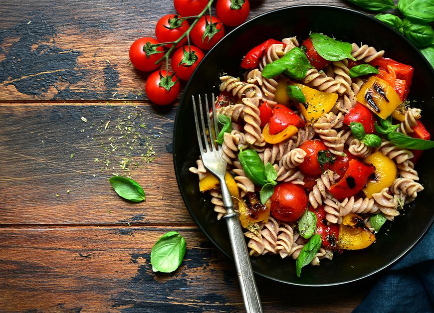 Casa Rustichella fusilli integrali con peperoni e pomodorini ricetta